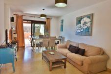 Villa en Corralejo - HolidayVilla Tinajas 13 Canario style, BBQ ,wifi, 200m mar