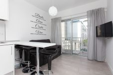 Apartamento en Corralejo - 41k Corralejo Seaside Apartment con Piscina