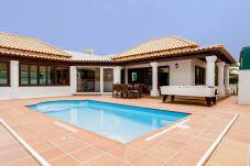 Villa en Corralejo - Villa Azafrán- Piscina  | Wifi | BBQ | ideal familias