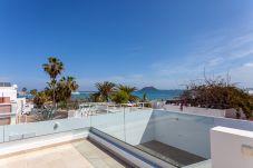 Villa en Corralejo - Holiday Villa de Lujo AZUL | Piscina climatizada | Wifi | Vista Mar | Playa
