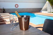 Villa in Corralejo - HolidayVilla Relax - beheizbarer Pool | BBQ | Wifi