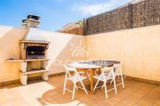 Villa in Corralejo - HolidayVilla Tinajas 5 Canary style, BBQ ,wifi, 200m Meer