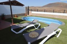 Villa à Corralejo - Villa Blue   Piscina   BBQ   Wifi   ideal Familias