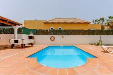 Villa à Corralejo - Villa Azafrán- Piscina  | Wifi | BBQ | ideal familias